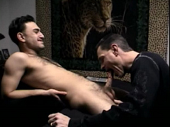 "Hot videos with regular updates!<br>Now with 632 videos.<br>Access Str8Boyz Seduced and all<br>content apps.<a href=""http://www.tylersroom.net/join.html""target=""_blank""><font color=""red""> Join Today! </font></a>"